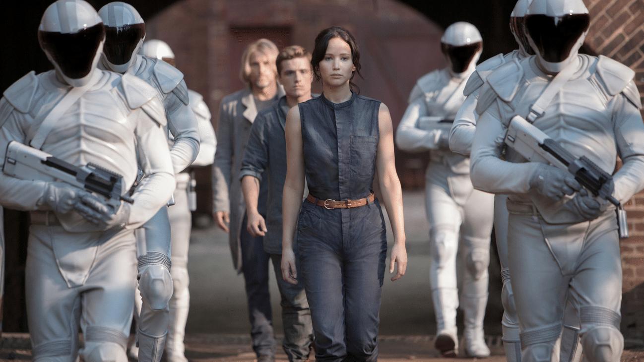 Zerstörte Zukunft: Was fasziniert an dystopischen Jugendromanen?