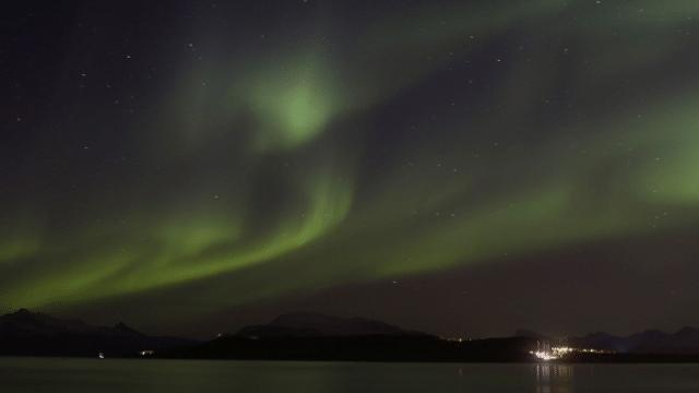 In Nacht und Eis – Eine Forschungsfahrt in der Polarnacht