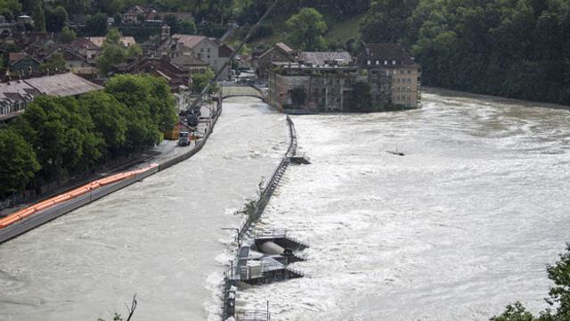 Aus dem Archiv: In der Schweiz bleibt die Lage angespannt