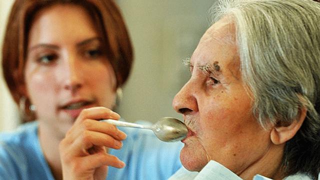 70'000 zusätzliche Pflegerinnen und Pfleger bis 2040