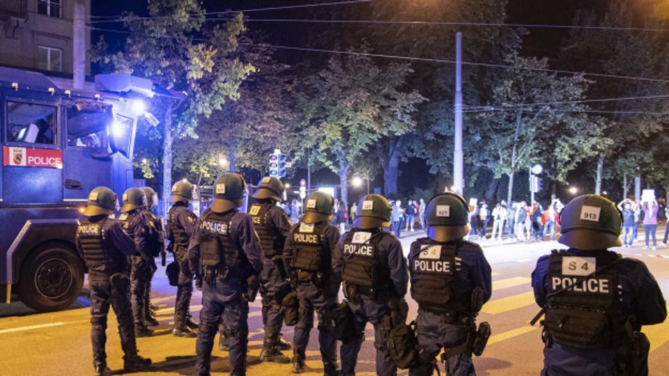 Polizei reagiert auf Kritik an Einsatz an Corona-Demo
