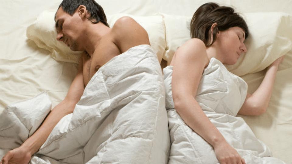 Wie gesund schläft man auf dem Wasserbett?