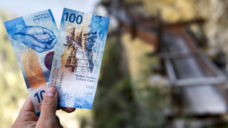 Banknoten mit grossem Wert leben länger
