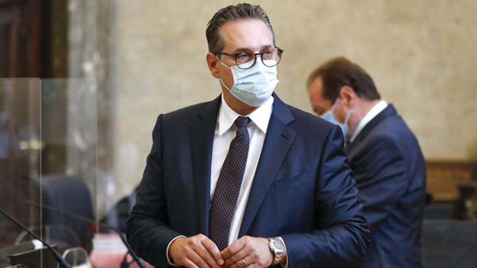 Korruptionsprozess gegen Österreichs Ex-Vizekanzler Strache