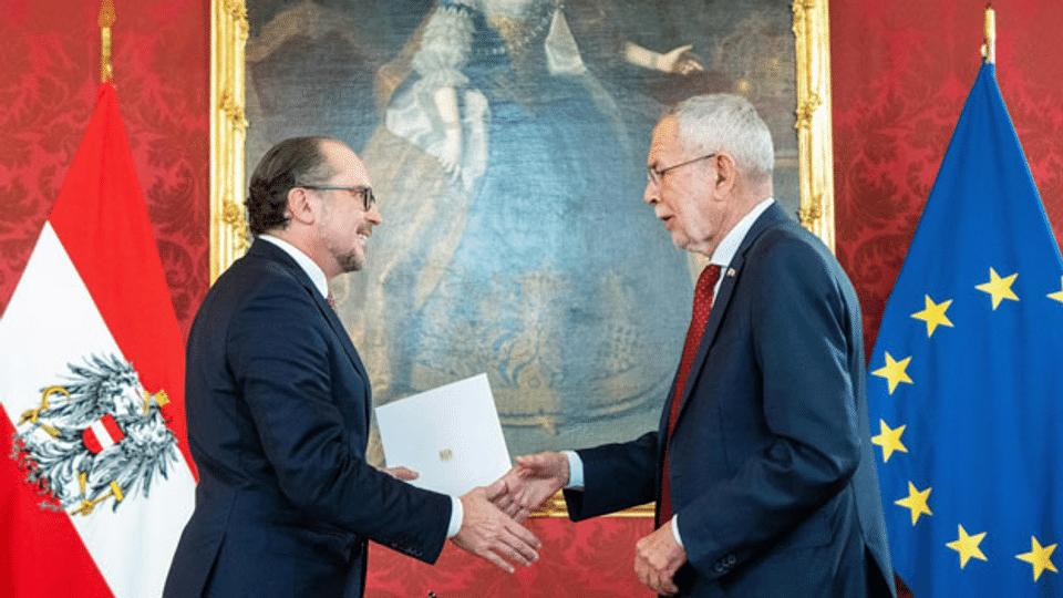 Problematische Nähe von Politik und Medien in Österreich