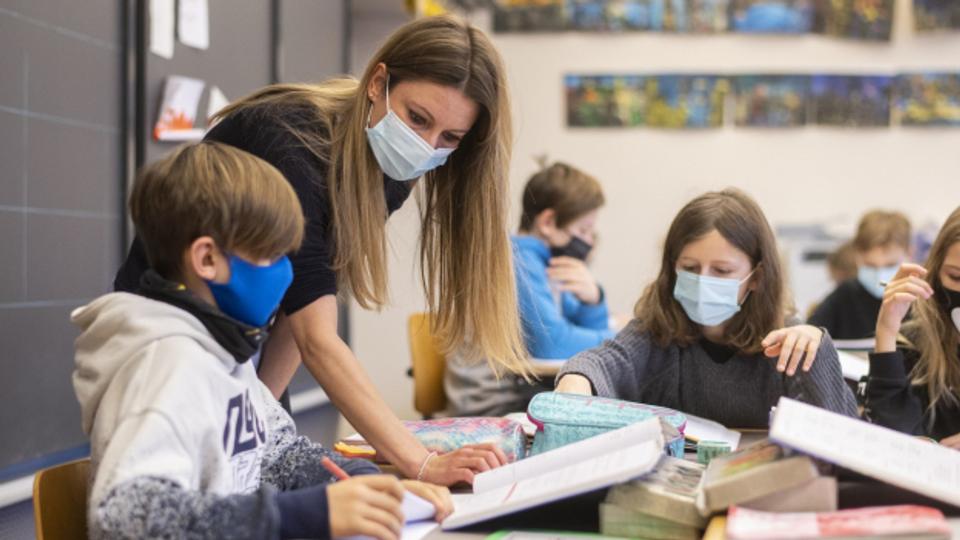 Schweizer Schulen: Muss Lehrperson Impfstatus öffentlich machen?