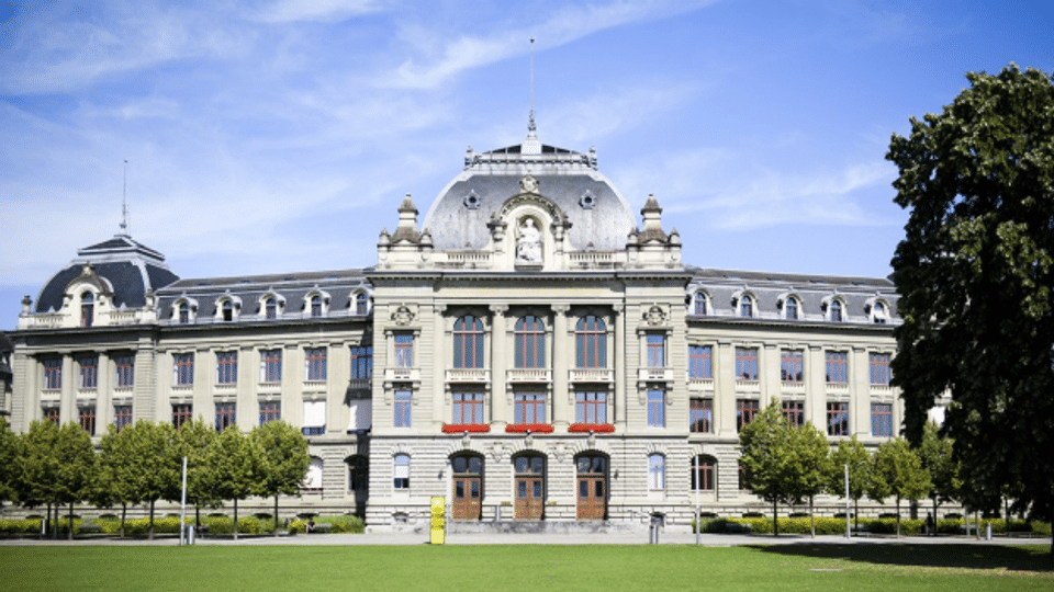 Schweizer Universitäten: unzumutbare Arbeitsbedingungen?
