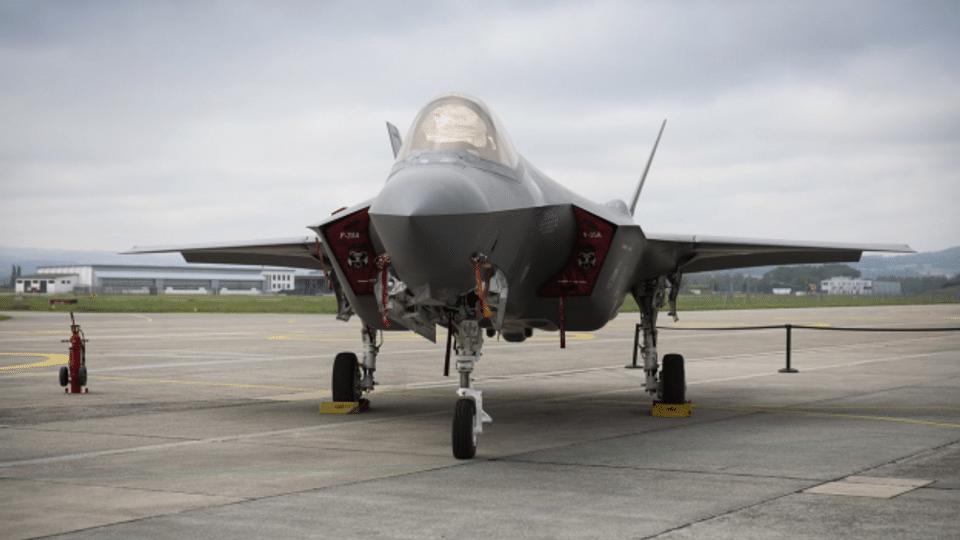 Kampfflugzeug Typ F-35A: Wie hoch sind die Kosten wirklich?