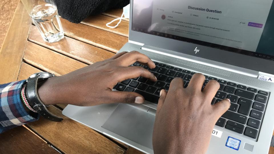 Kenia: Das lukrative Geschäft mit den «Essay Mills»