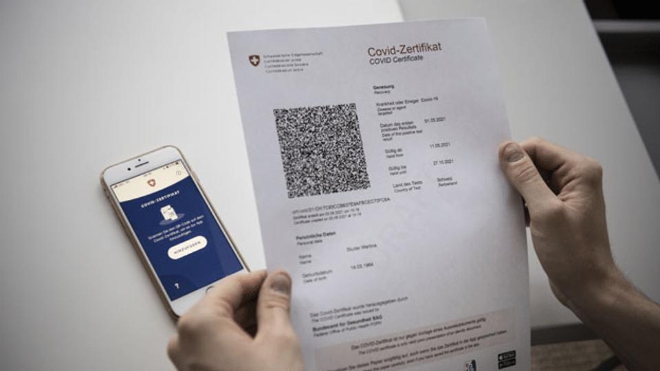 Bundesrat prüft eine Ausweitung der Covid-Zertifikatspflicht