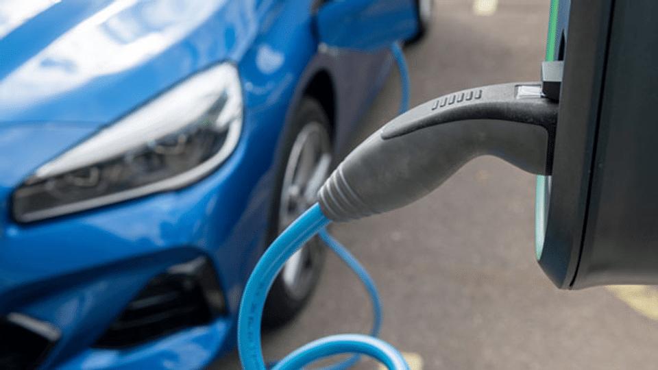 Die Elektromobilität gewinnt an Fahrt